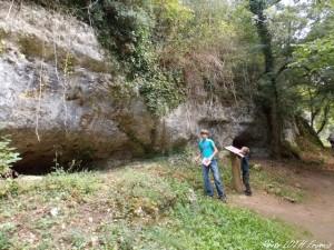 La Rochecourbon - Les grottes - 03