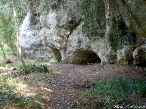 La Rochecourbon - Les grottes - 08